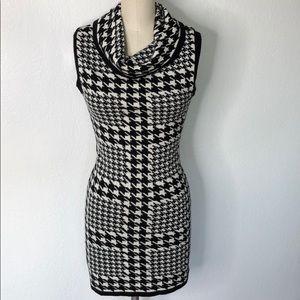 Vintage houndstooth knit 90s mini dress M